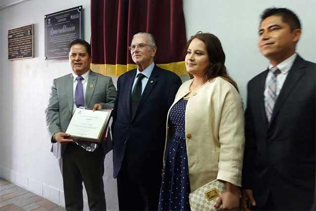 Otorgan acreditación internacional a la Licenciatura en Derecho del ICI