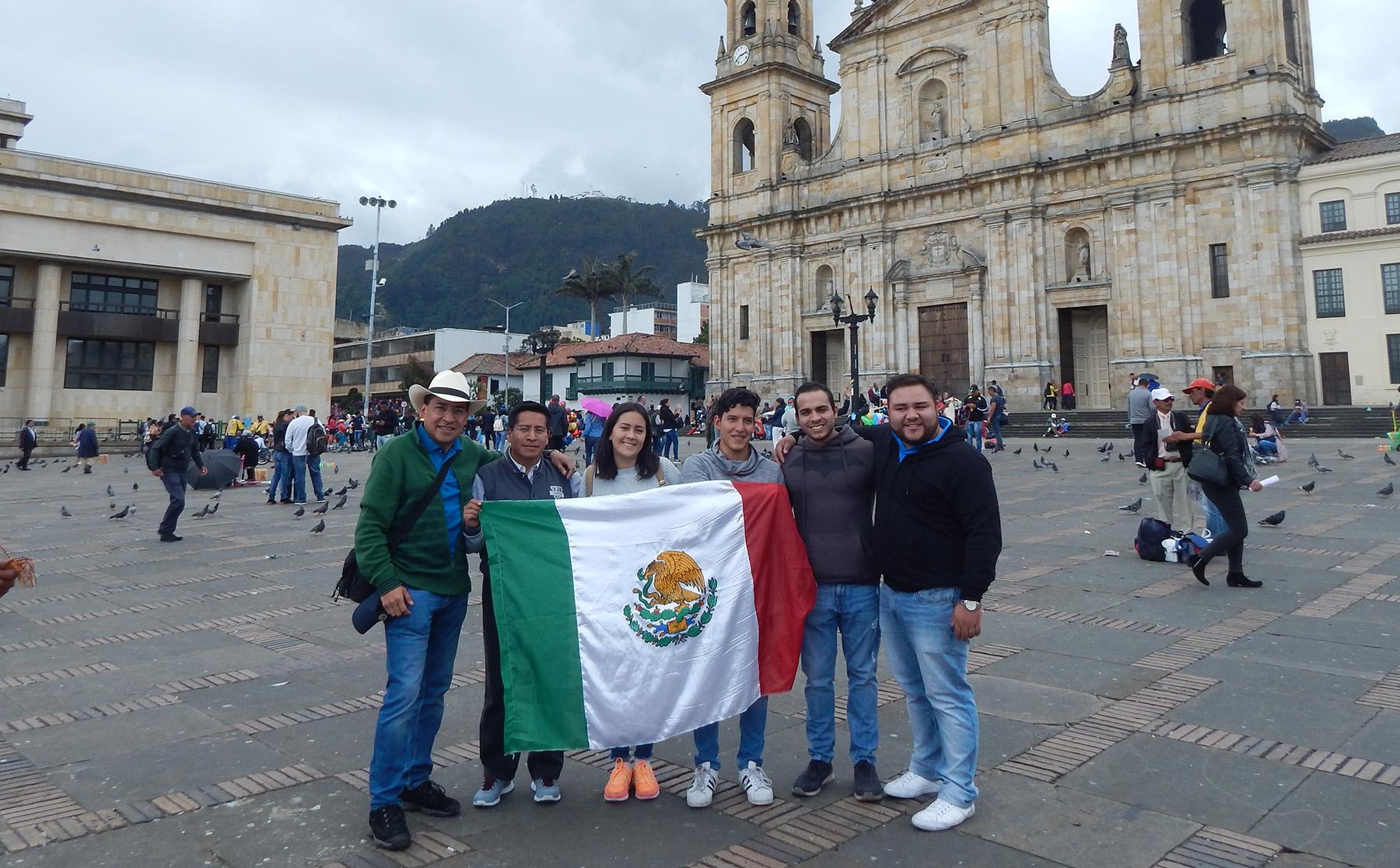 Alumnos UPAEP cursan Derecho Internacional en universidad de Bogotá
