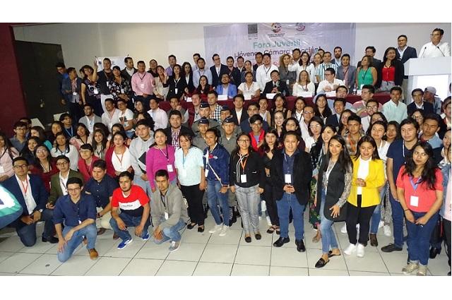 Impulsa diputado por Tepeaca ley para derechos de los jóvenes