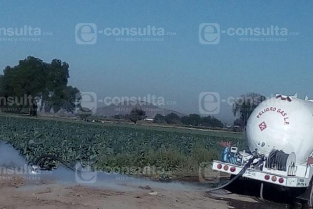 Pemex detecta pipa que ordeñaba gas LP en Los Reyes de Juárez
