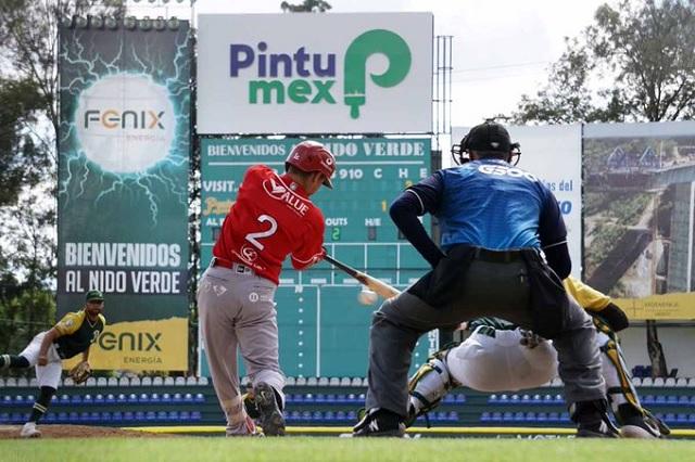 Pericos consuma su primera derrota en casa ante Águila-Leones