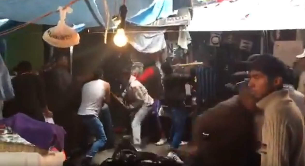 Desalojo en la Juárez deja saldo de 15 policías y 3 civiles lesionados