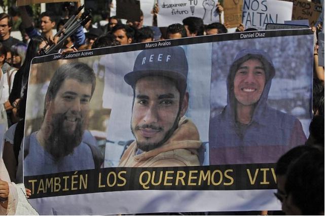 Denuncian la desaparición de otros 3 jóvenes en Jalisco
