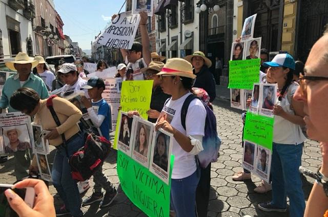 Familias de desaparecidos no quieren más a Higuera en la FGE