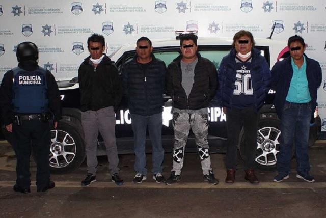 Desarticulan banda de robo en taxi ejecutivo de Puebla