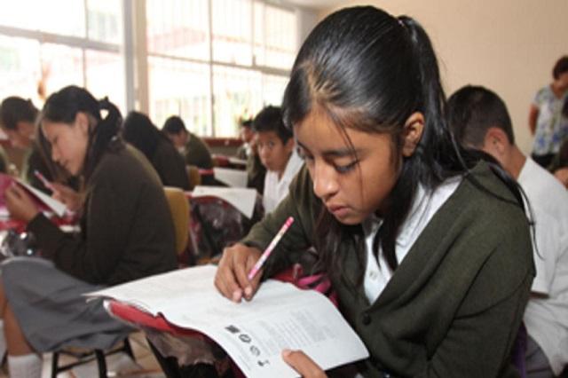 Evaluar a docentes no garantiza mejorar la educación: INEE