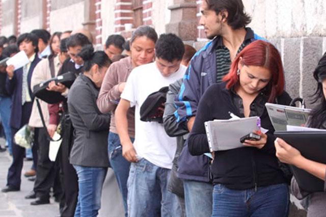Desempleados en Puebla tienen de 25 a 44 años de edad