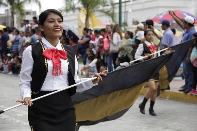 En fiestas patrias reconocerán a estudiantes destacados del estado