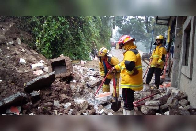 Lluvias en Huauchinango dejan a 3 familias damnificadas