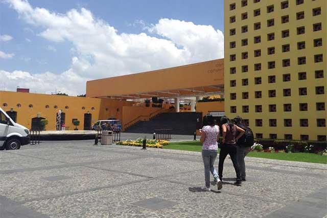Sube a 34% población desocupada con título universitario en Puebla