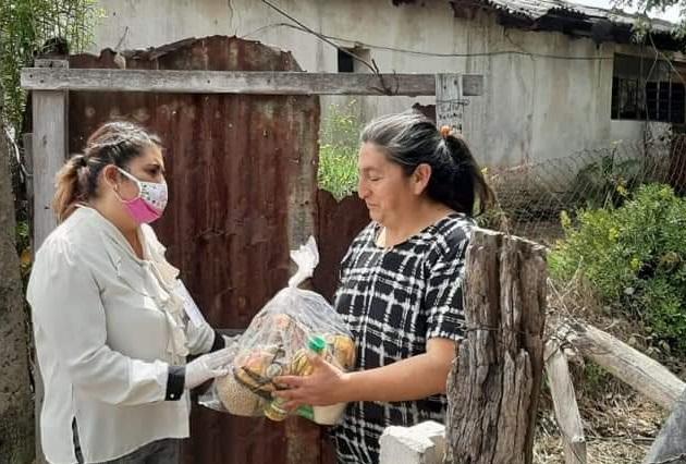 Aumenta demanda de despensas y alimento preparado en Teziutlán