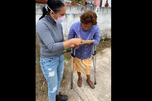 Colegio de Teziutlán dona despensas para el sector vulnerable