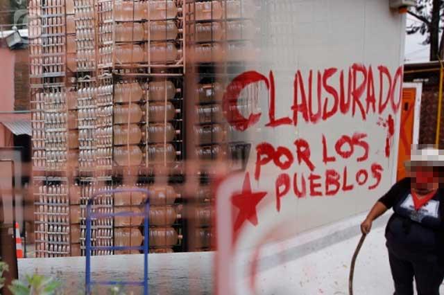 Bonafont denuncia invasión de planta; Segob e Ibero piden diálogo