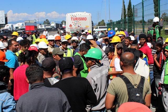 Prevén paso de la caravana migrante por Amozoc