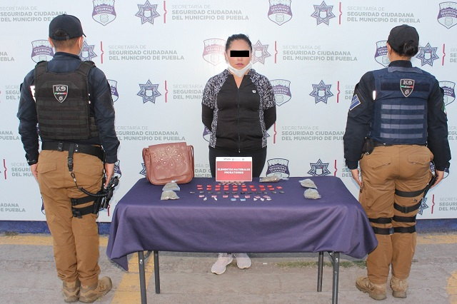 Llevaba 7 mil pesos en drogas y lo detuvieron en Xonaca