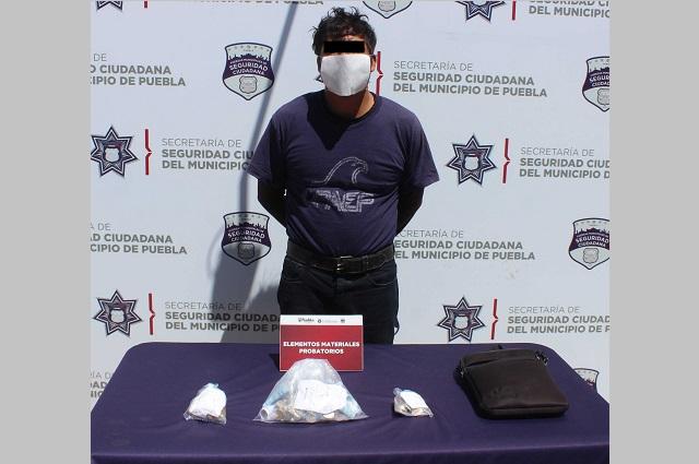 Lo detiene la policía por robar supermercado en Manzanilla