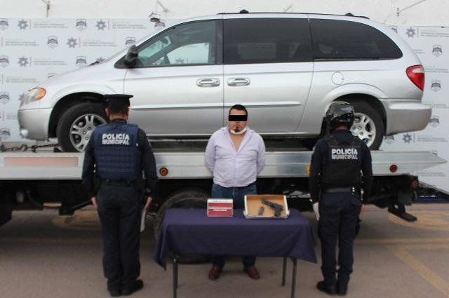Asaltan llantera en Puebla; uno de los ladrones fue atrapado
