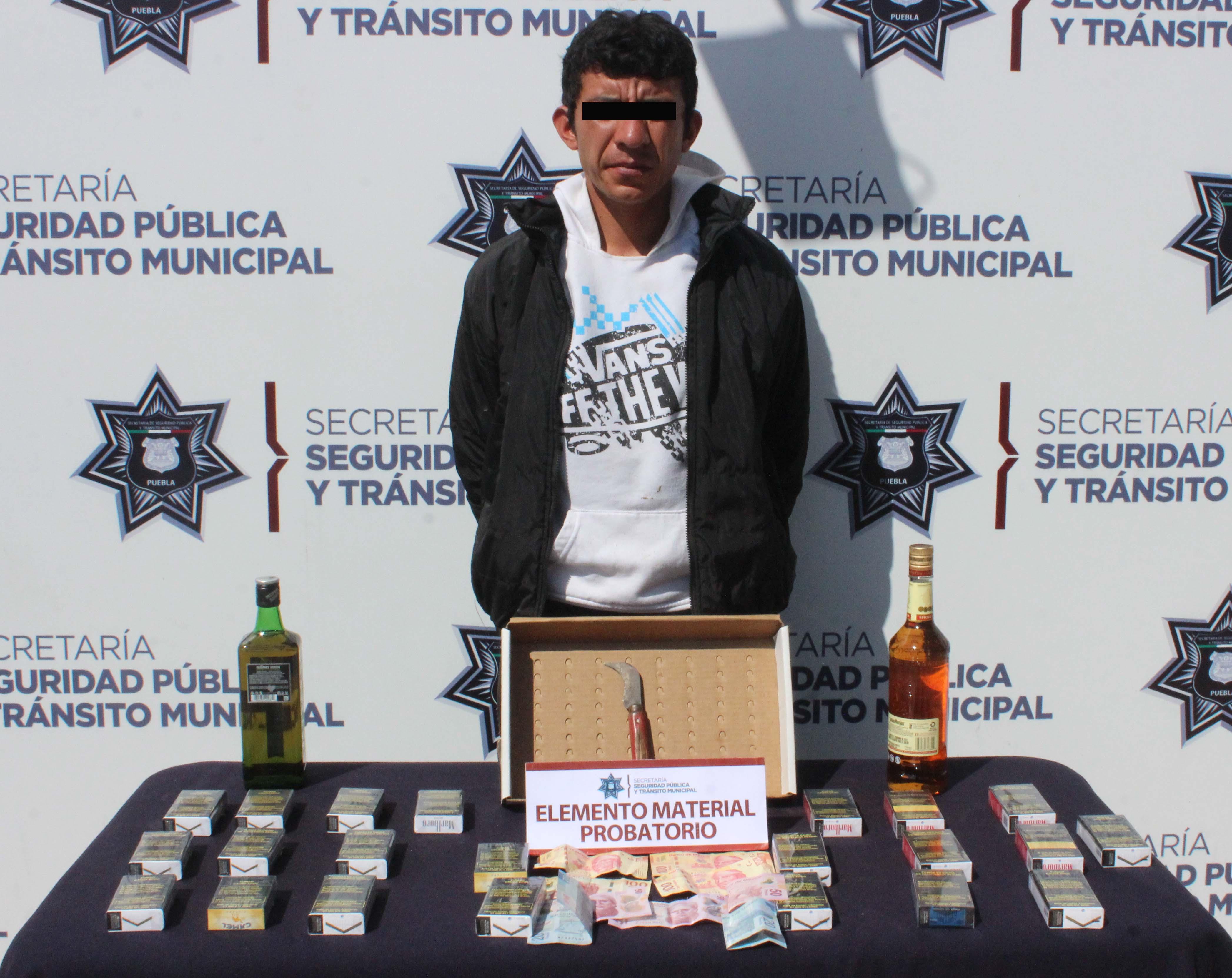 Cae El Pinocho, campeón de asaltos a tiendas Oxxo en Puebla