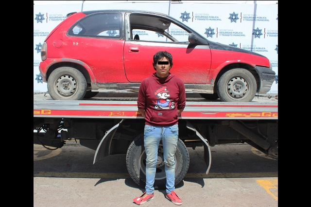 Policía de Puebla recupera auto robado y detiene a responsable