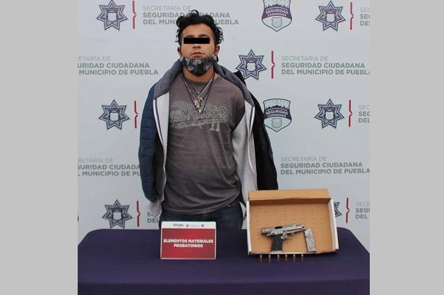 Lo detienen en Puebla capital por andar armado ilegalmente