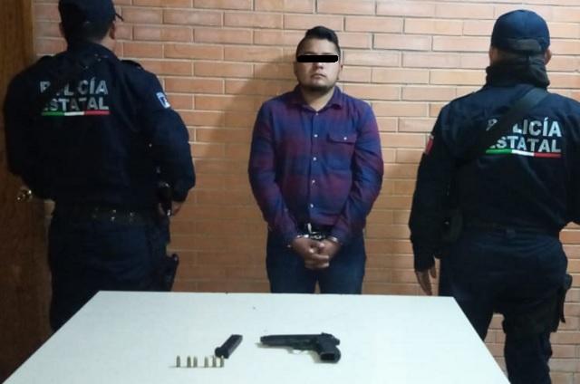 Detienen a sujeto por portación de arma en Tlacuilotepec