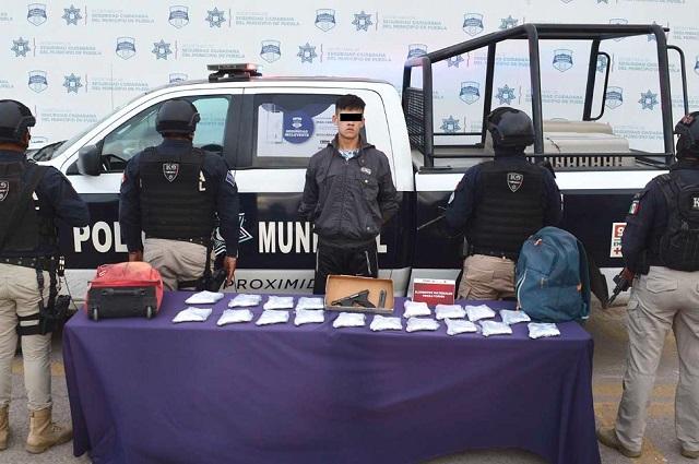 Lo detienen en la CAPU con 19 armas de fuego en la maleta