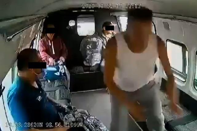 ¿Policía detuvo al ladrón de la combi que recibió paliza y fue desnudado?