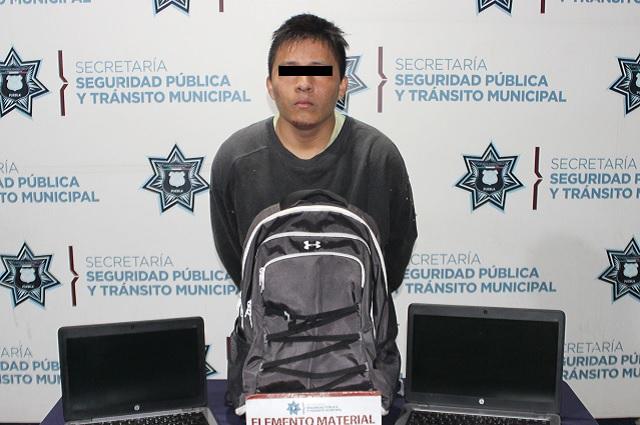 Cae por robo de autopartes y a vehículo en Plan de Ayala