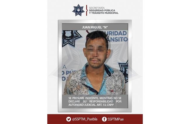 Policías de Puebla detienen a acusado de intentar robarse a una niña