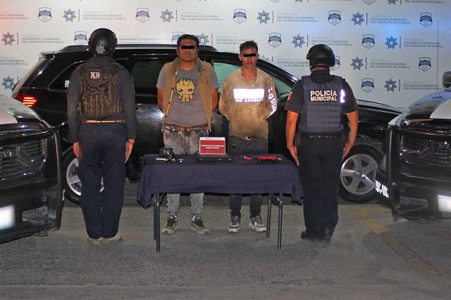 Detienen a 2 por robo a casa en Xochimehuacán