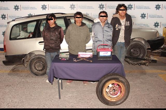Desarticulan en Puebla banda de robo de autopartes