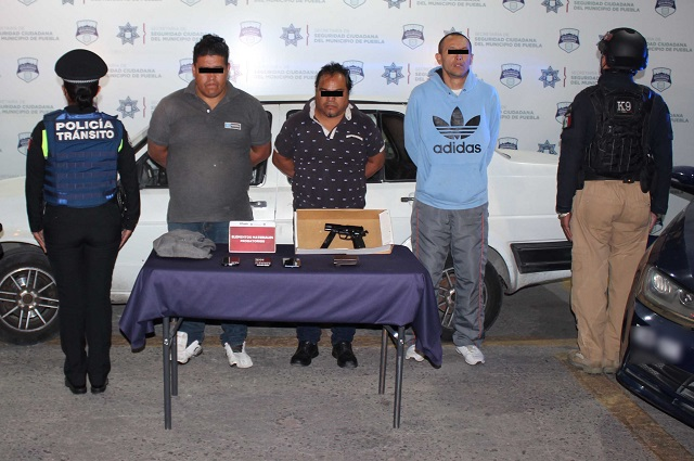 Asaltaban transeúntes en Puebla capital y fueron detenidos
