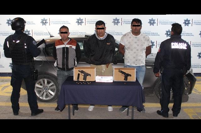 Detienen a 3 por portación ilegal de armas de fuego