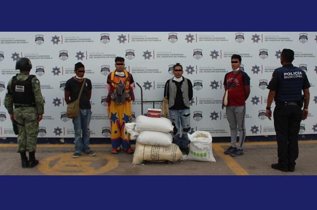 Detienen en Puebla a 4 hombres por robo a tren de carga