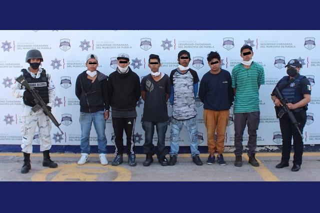 Caen 8 sujetos con 15 toneladas de abarrotes robados en Puebla
