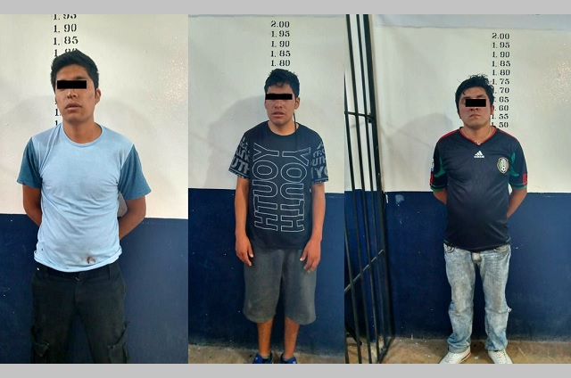 Detiene policía de Coronango a 3 hombres por robo a comercio