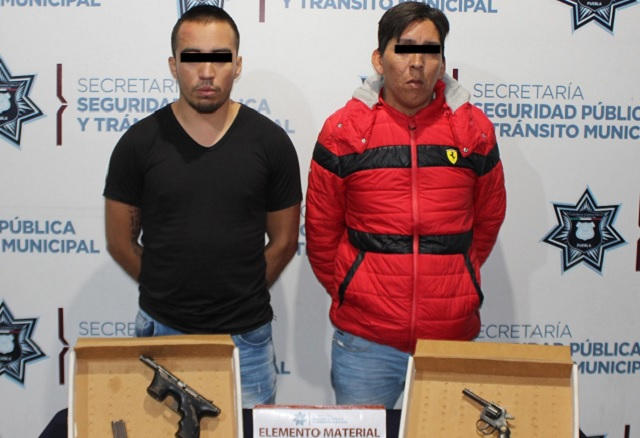Detienen a dos por llevar armas de fuego ilegalmente