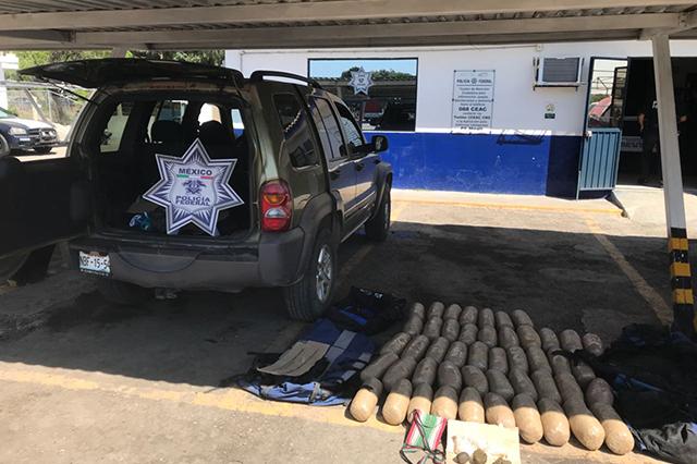 Detienen a dos hombres con 47 kilos de mariguana en Tehuacán