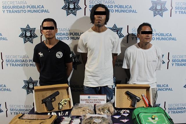 Detiene SSPTM a tres posibles asaltantes de Farmacias Guadalajara