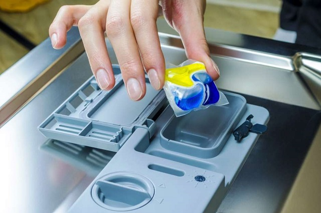 Médicos estadounidenses están preocupados por reto de comer detergente