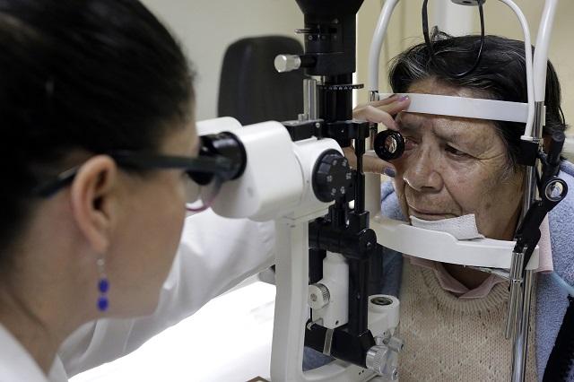 En Foro, llaman a diabéticos poblanos a prevenir la ceguera
