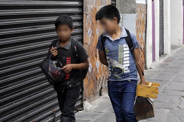 Cárcel hasta por 3 años por empleo irregular a menores de edad: STPS