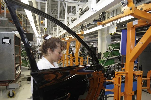 Baja en ventas de VW no afecta empleo ni estabilidad: CCE