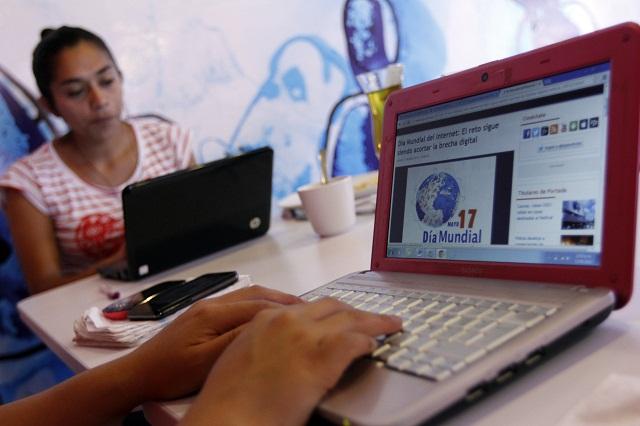 Los poblanos se informan en TV, radio e internet, revela INEGI