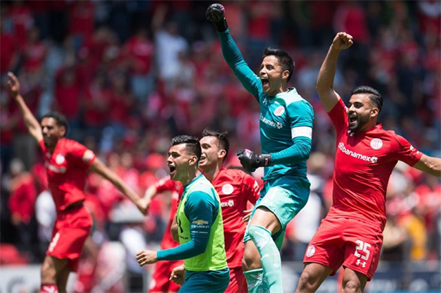 ¿Diablos o Santos? Final cardíaca y de ex arqueros en la Liga MX
