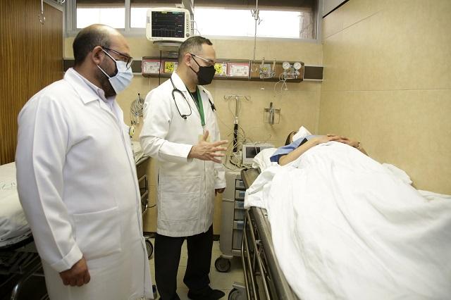 Servicio, enseñanza e investigación: tres características del médico