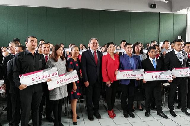 Por día feriado se atrasó pago a docentes en Puebla: SEP