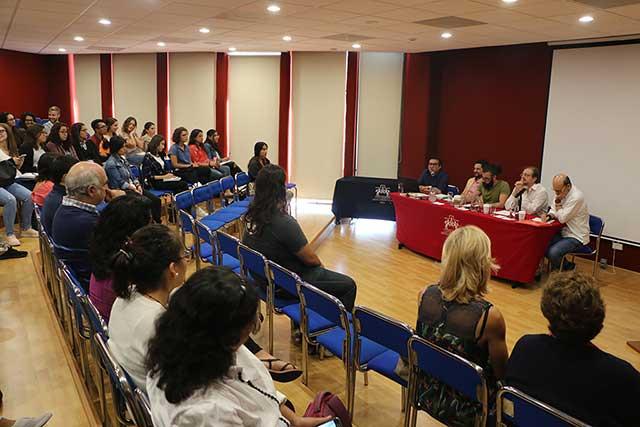 Dialogan en la Ibero Puebla sobre Humanismo, Hispanidad y Exilio
