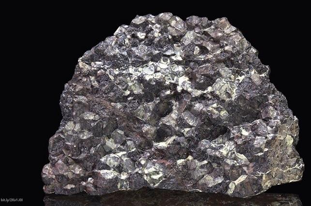 Descubren afloramiento de microdiamantes en Puebla