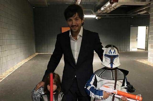 Diego Luna revivió su infancia al filmar Star Wars